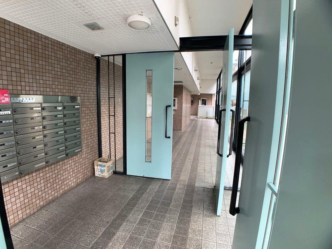 グリーンパーク三郷早稲田Ⅲスカイスクエアのエントランス